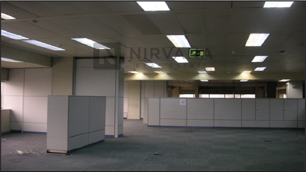 Nirvana real estate oficina en alquiler 1078 m2 for Oficinas en moncloa